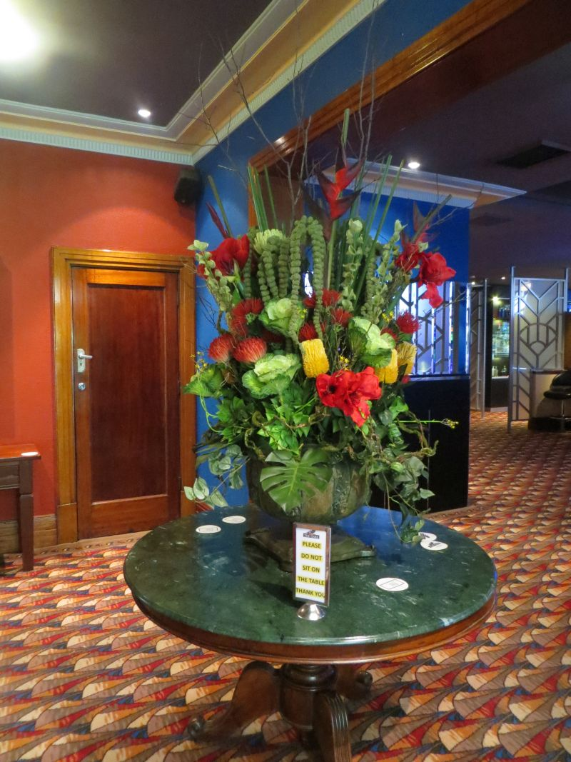 Artificial Flowers And Fake Flower Arrangements